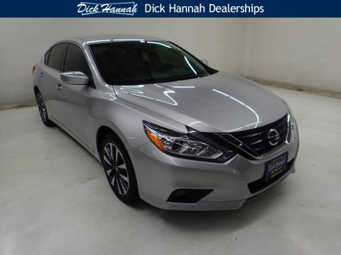 Pre-Owned 2017 Nissan Altima 2.5 SV 4D Sedan