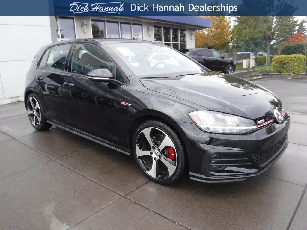 Pre-Owned 2018 Volkswagen Golf GTI
