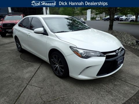 Pre-Owned 2015 Toyota Camry XSE With Navigation